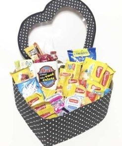 cesta de café da manhã coração